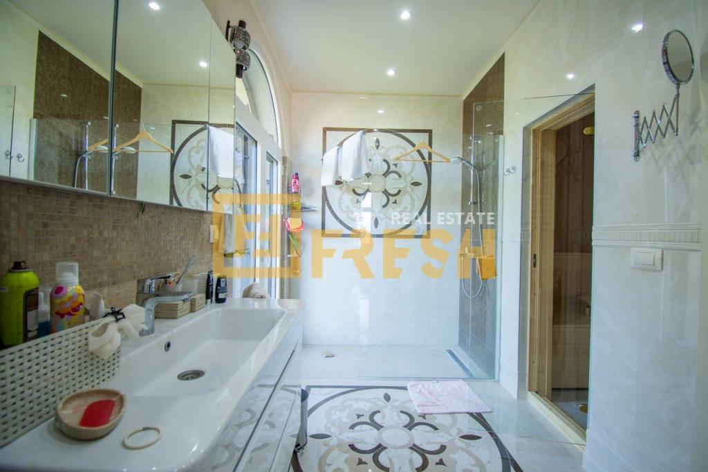 Vila sa 5 soba i 5 kupatila, Tivat - 31