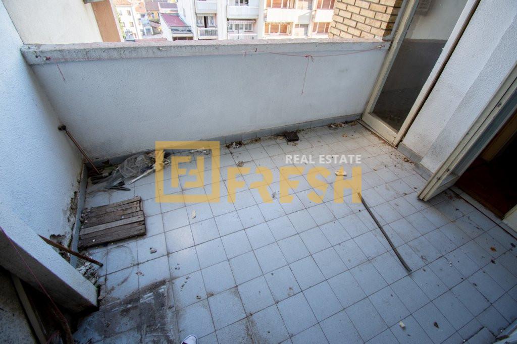 Četvorosoban stan, 100m2, Centar, Prodaja - 8