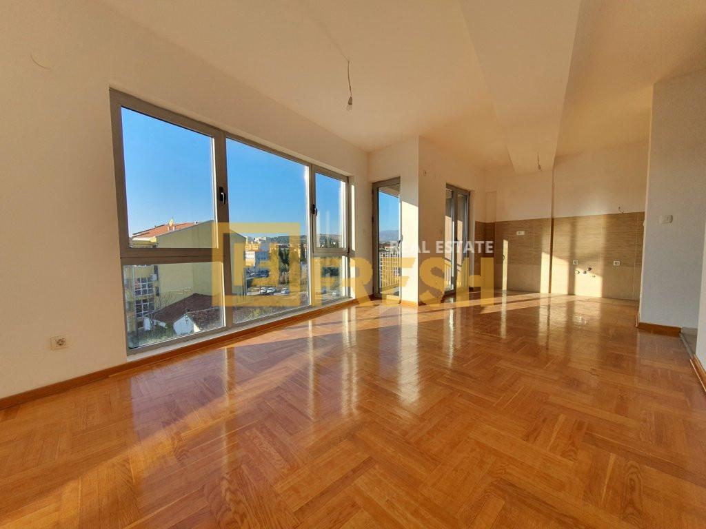Dvosoban stan, 70m2, Drač, Prodaja - 1