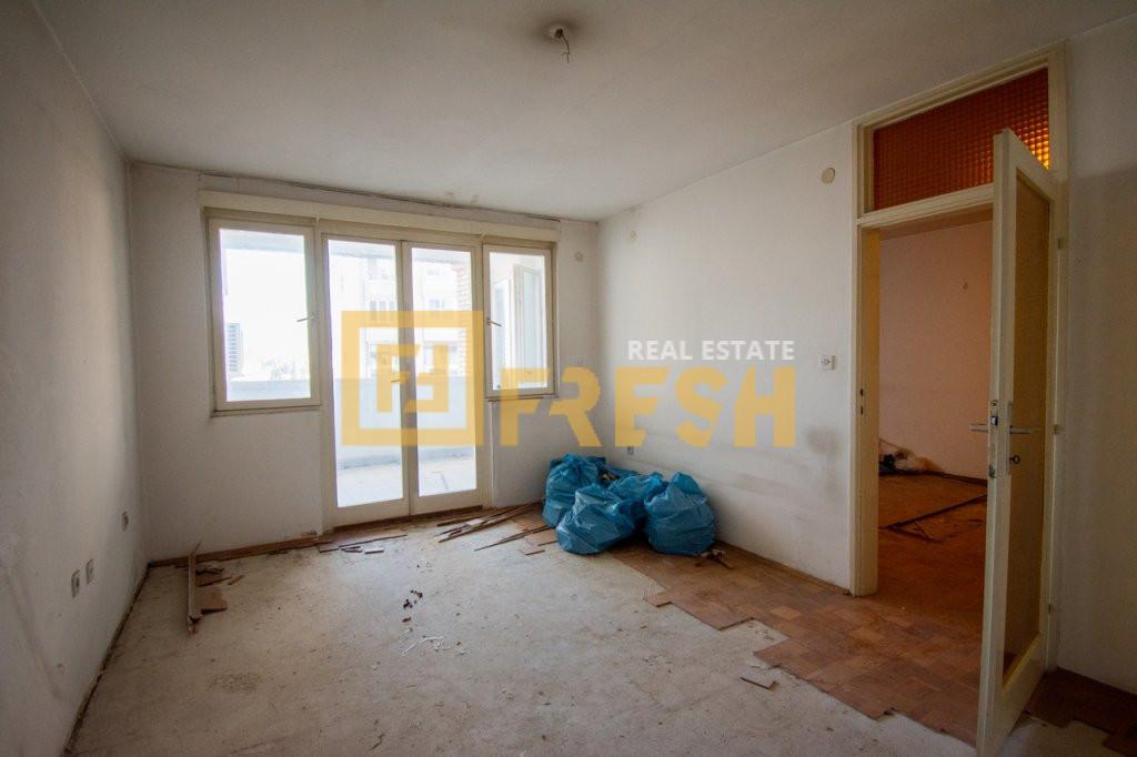 Četvorosoban stan, 100m2, Centar, Prodaja - 2