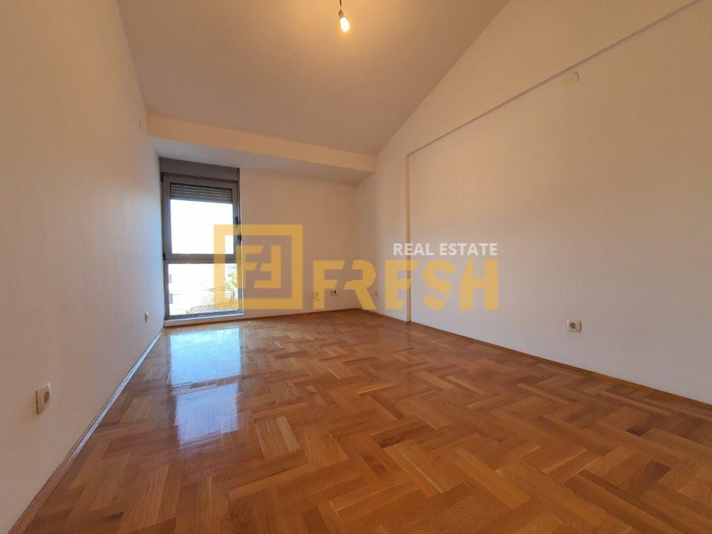 Dvosoban stan, 70m2, Drač, Prodaja - 8