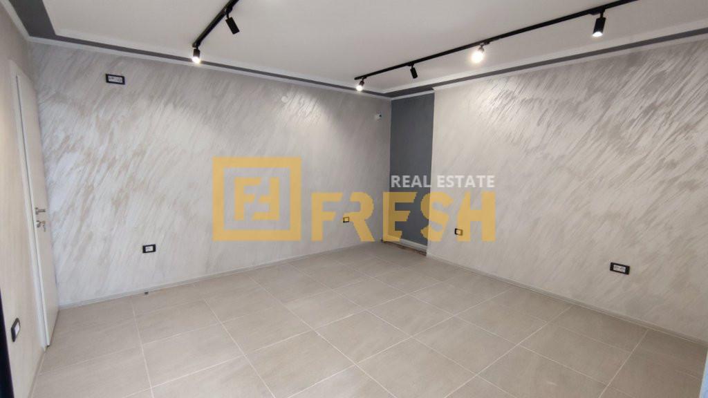 Poslovni prostor, 35m2, Zabjelo, Izdavanje - 0