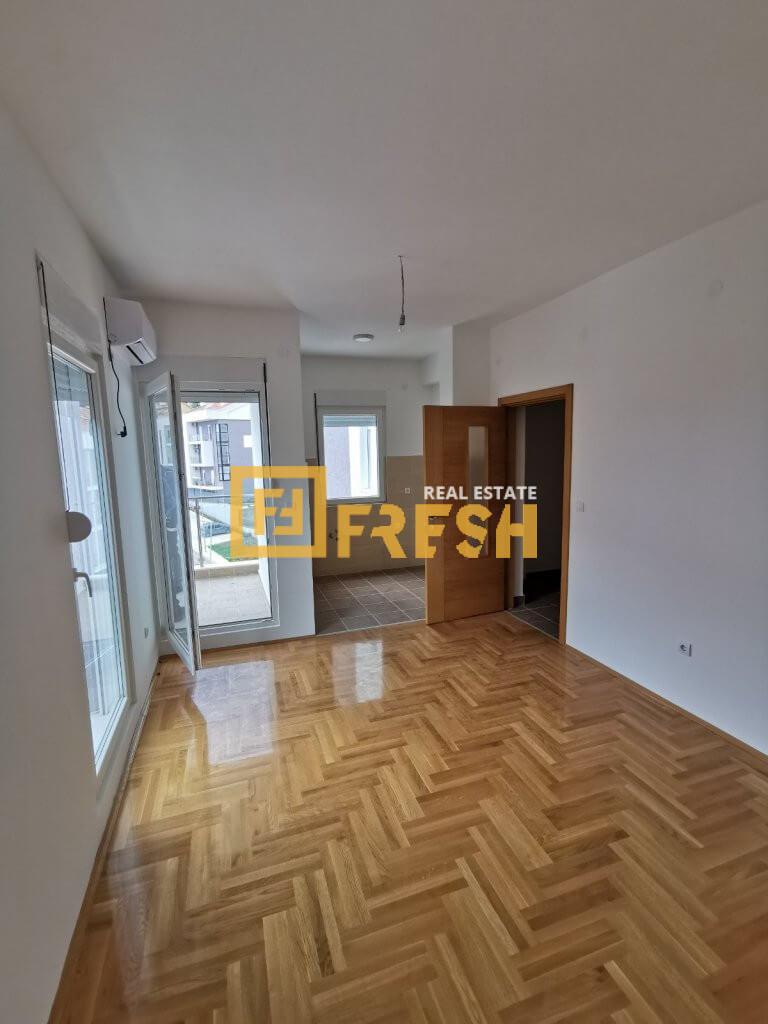Jednosoban stan, 50m2, Tivat, Prodaja - 4
