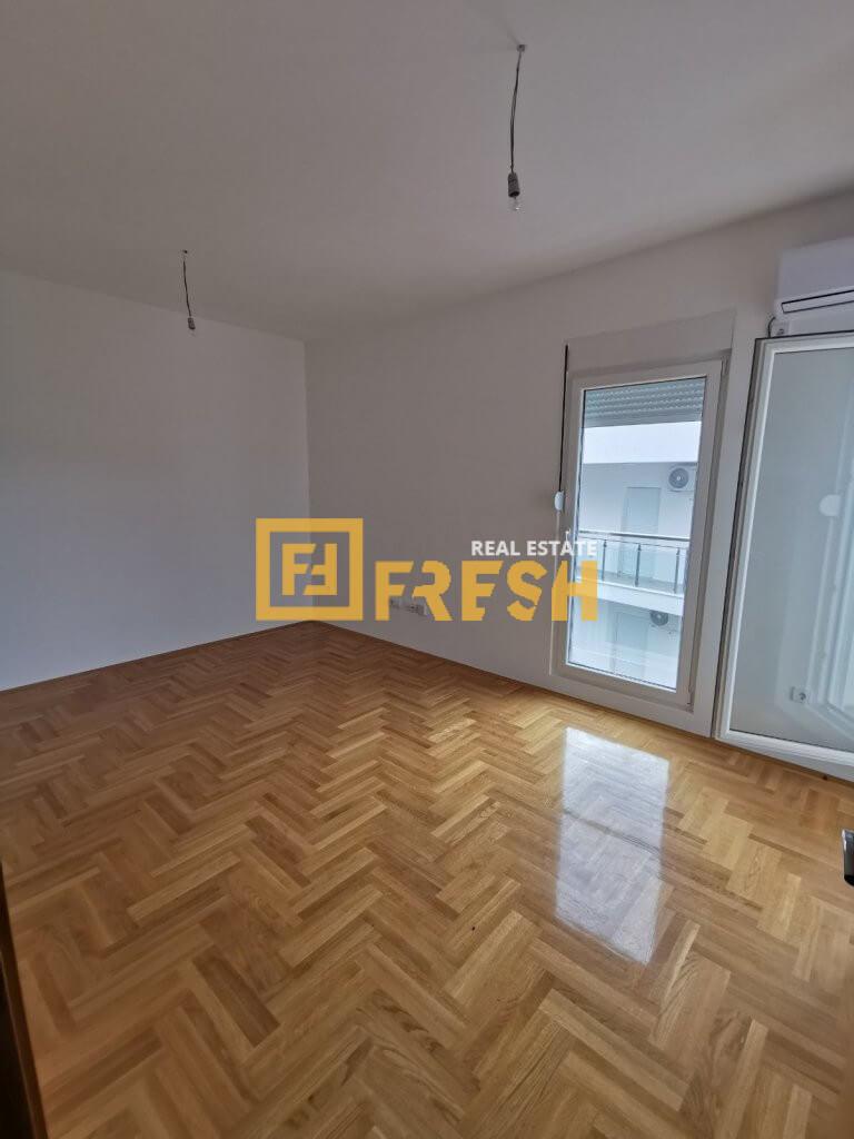 Jednosoban stan, 50m2, Tivat, Prodaja - 6