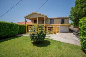 Kuća, 300m2 na placu 400m2, Donja Gorica, Prodaja - 1