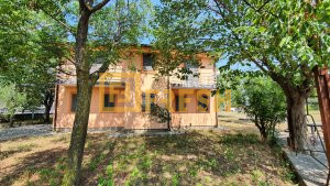 Kuća, 226m2, Kuće Rakića, Prodaja - 1