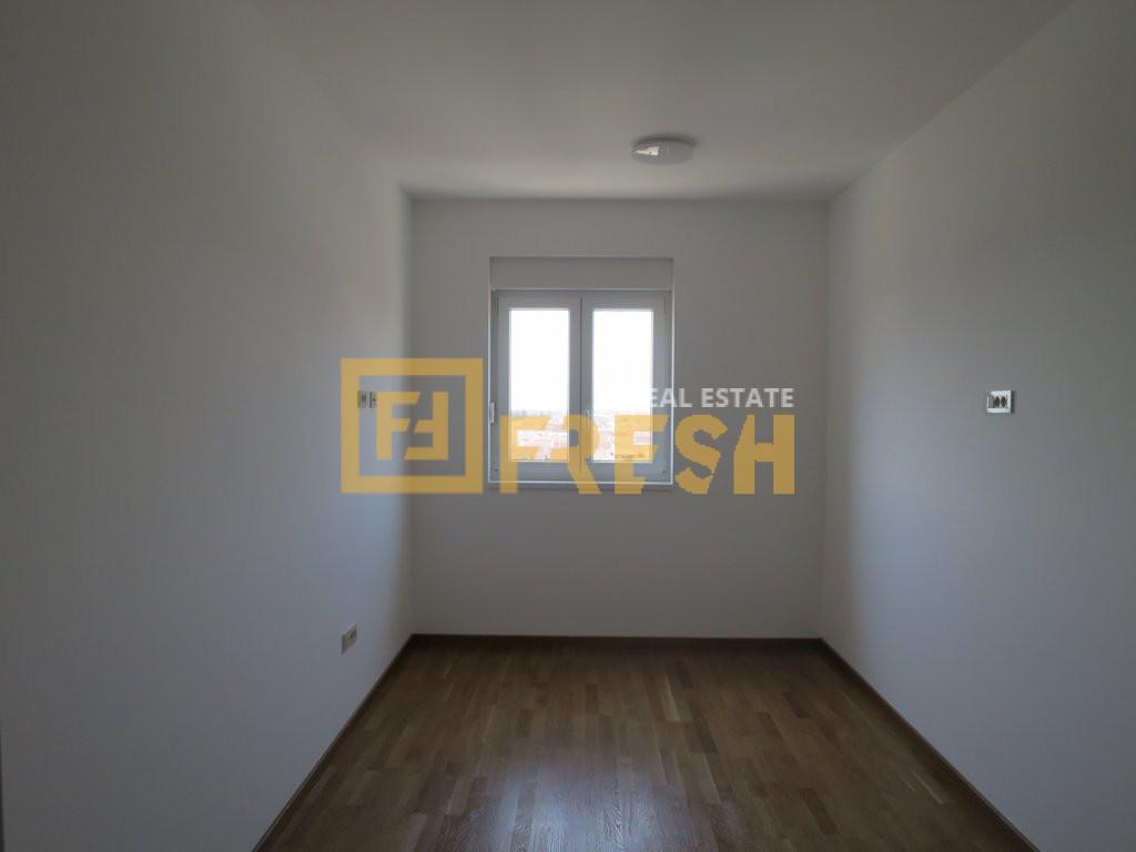 Dvosoban stan, 66m2, Zabjelo, Izdavanje - 3