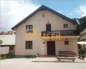 Kuća, 250m2 na placu 430m2, Kolašin, Prodaja - 1