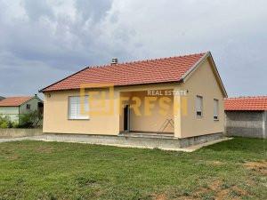 Kuća, 67m2, na placu 500m2, Pričelje, Prodaja - 1