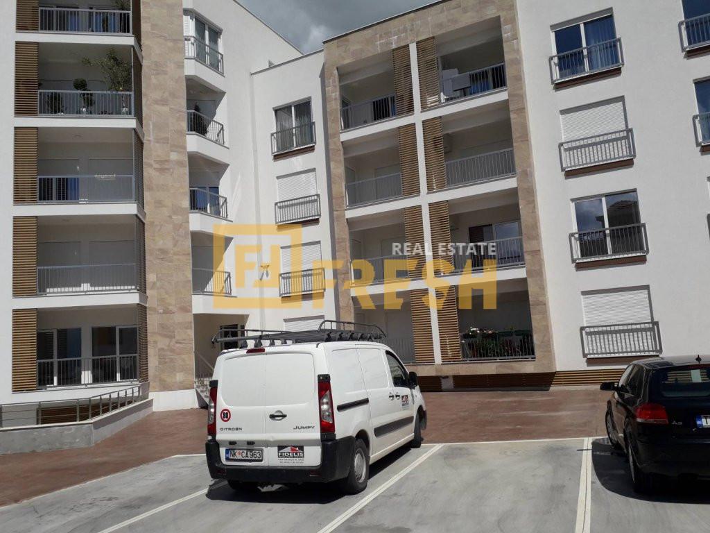 Jednosoban stan, 53m2, Tivat, Prodaja - 0