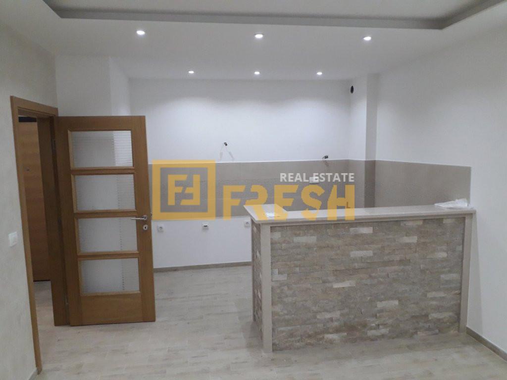 Jednosoban stan, 53m2, Tivat, Prodaja - 2