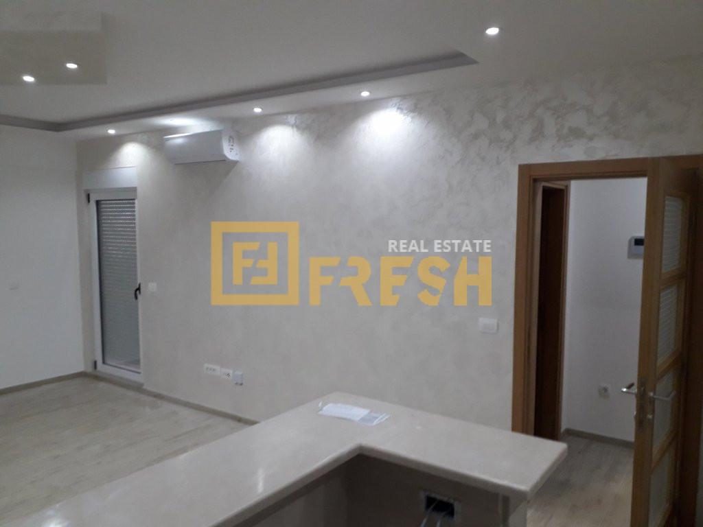 Jednosoban stan, 53m2, Tivat, Prodaja - 3