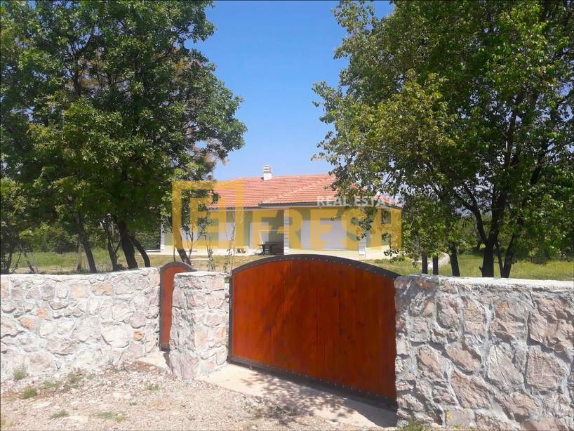 Kuća, 278m2, Mareza, Izdavanje - 0